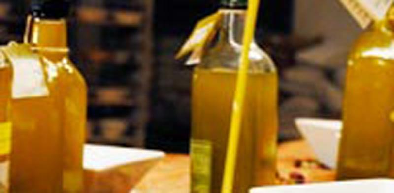 בקבוק שמן זית / צלם: תמר מצפי